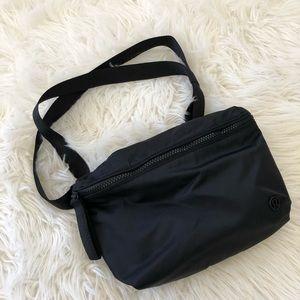 ❤️EUC❤️ LULULEMON Go Lightly belt bag